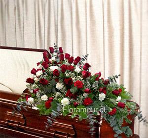 Manto funebre de rosas